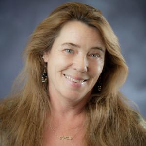 Linda Cash
